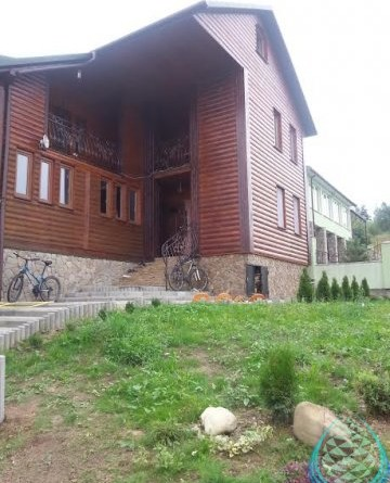 "Wooden cottage ""Olesya"""